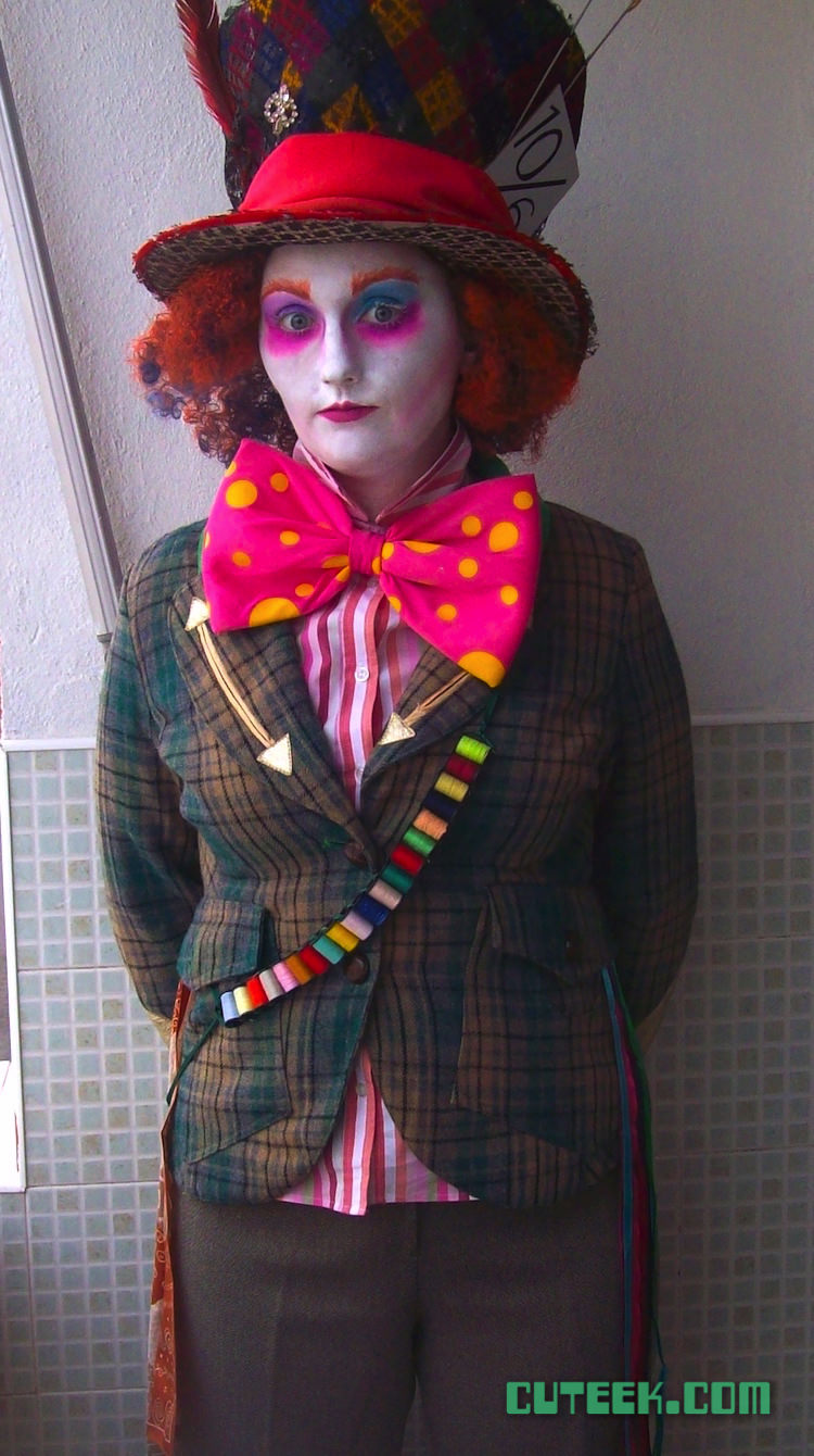 DIY Mad Hatter Costume Alice in Wonderland