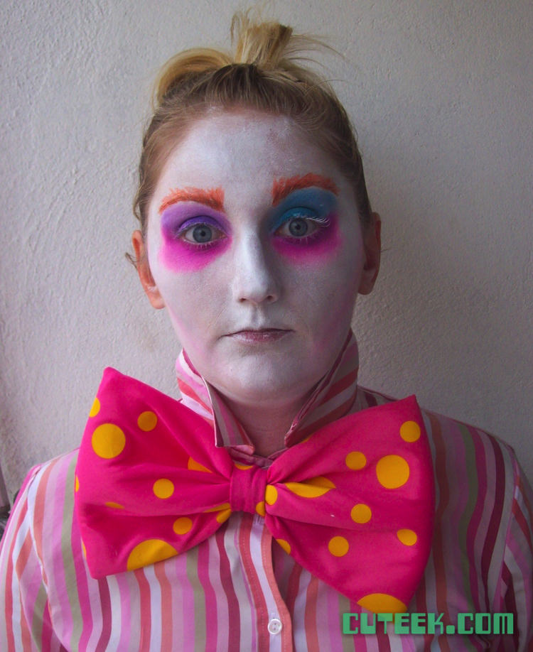 DIY Mad Hatter Makeup