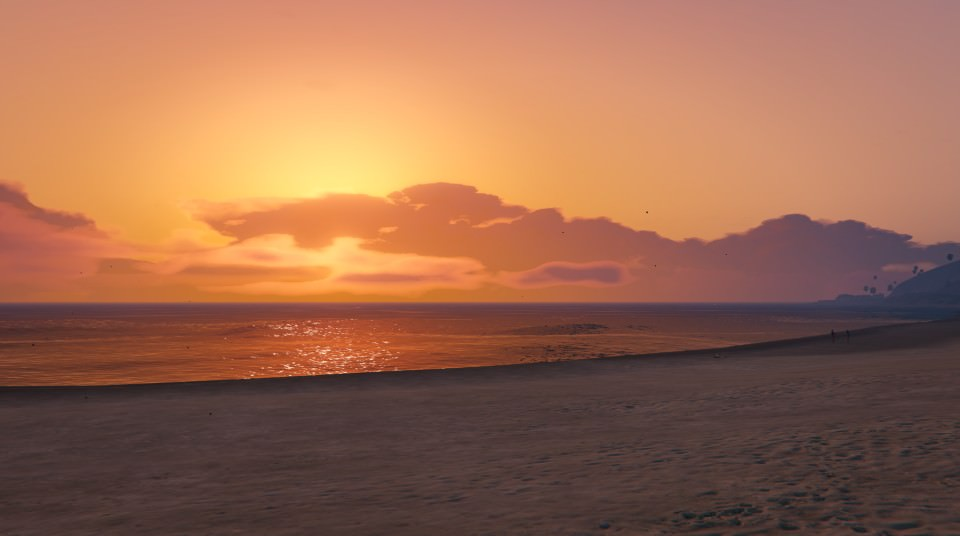 Grand Theft Auto Sunset at Del Perro Beach