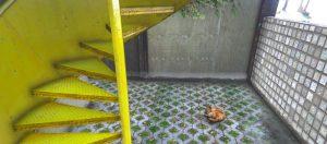 Grand Theft Auto Bertolt Beach House Yellow Stairs